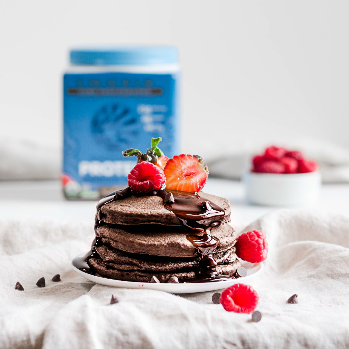 CHOCOLATE OAT PANCAKES