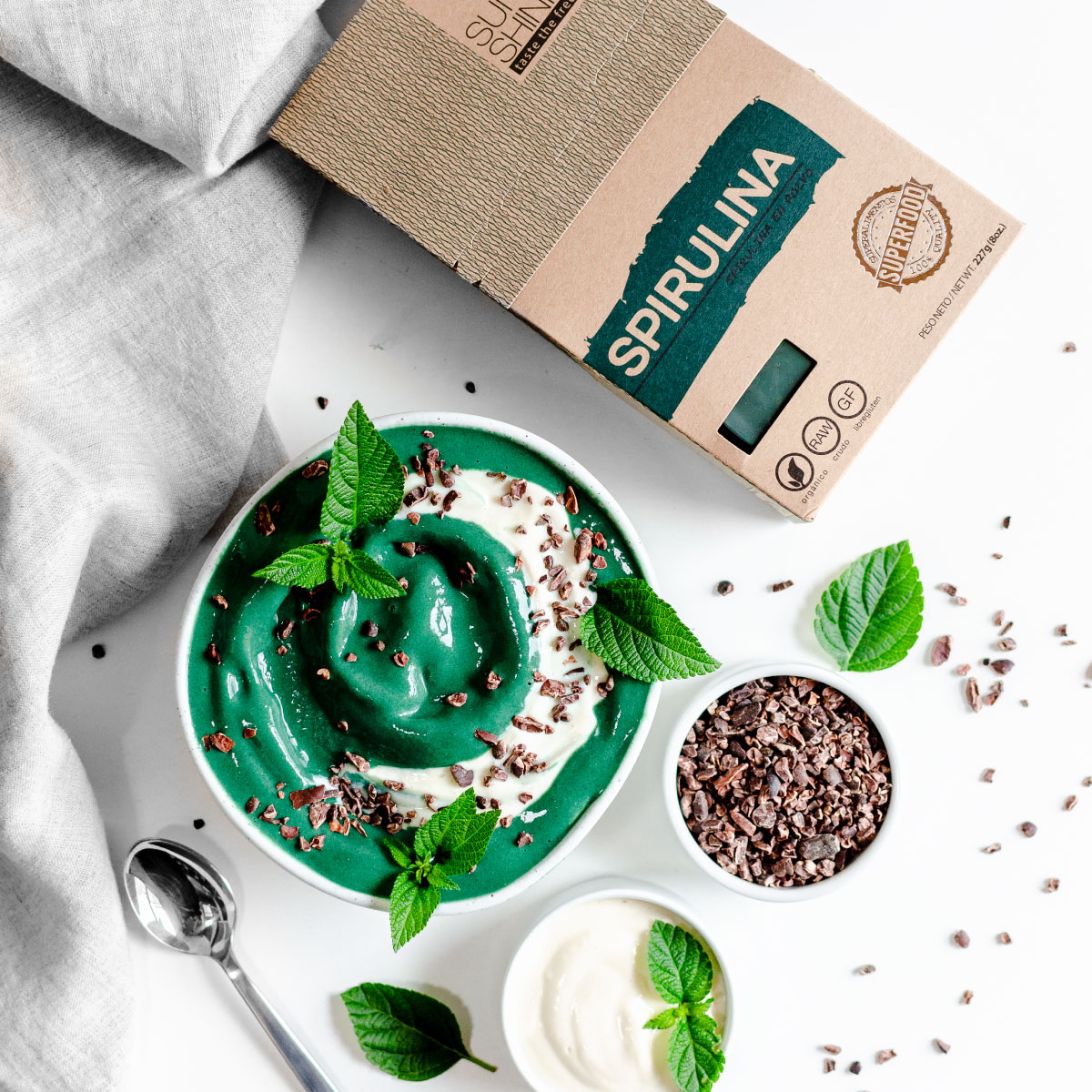 SPIRULINA PASSION FRUIT SMOOTHIE BOWL